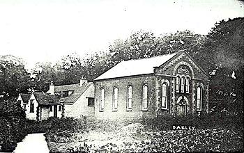 6995abb671f Oakley Methodist chapel and Sunday school about 1920  Z0 85 16